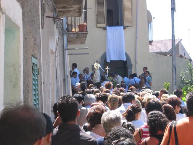 La processione nel rione la Destra