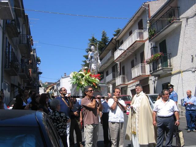 La processione in Via Roma
