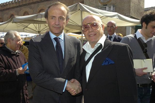 Alfonso Rocco Linardi, eletto al Consiglio Comunale di Mantova, con Andrea Ronchi, Ministro per le Politiche Europee.