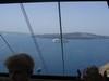 Dal porto torniamo su a Thira con la teleferica